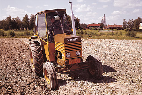 When the Valmet 502 was introduced in 1971 it had the world's quietest cab.